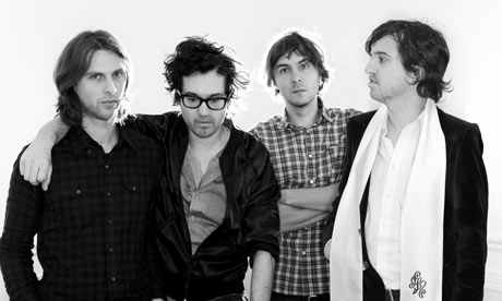French-band-Phoenix-001